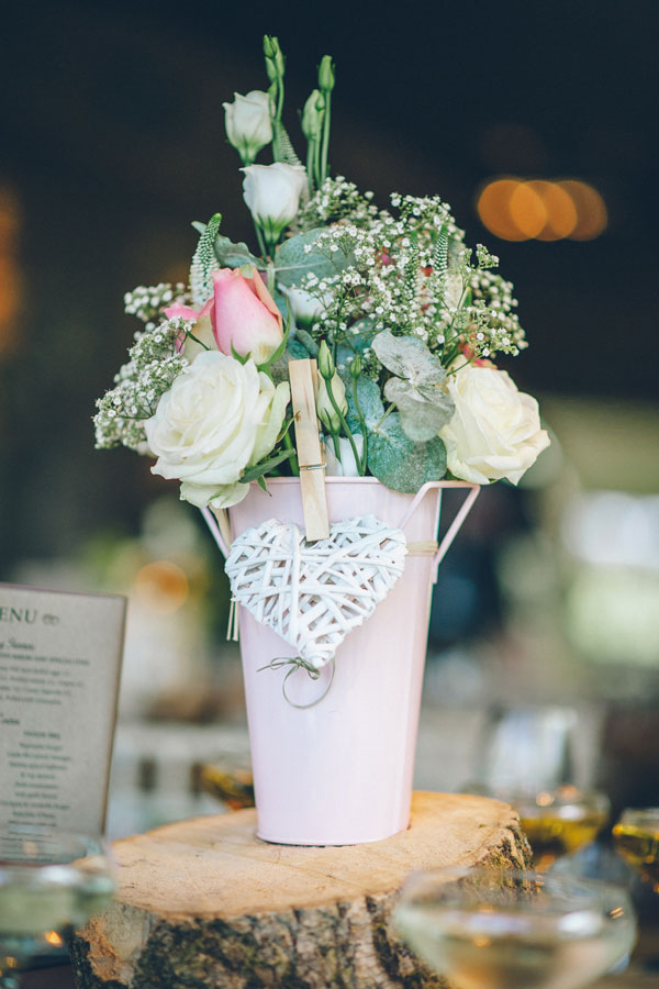 Paul-santos-photography-newton-hall-styled-and-seated-rustic-flowers