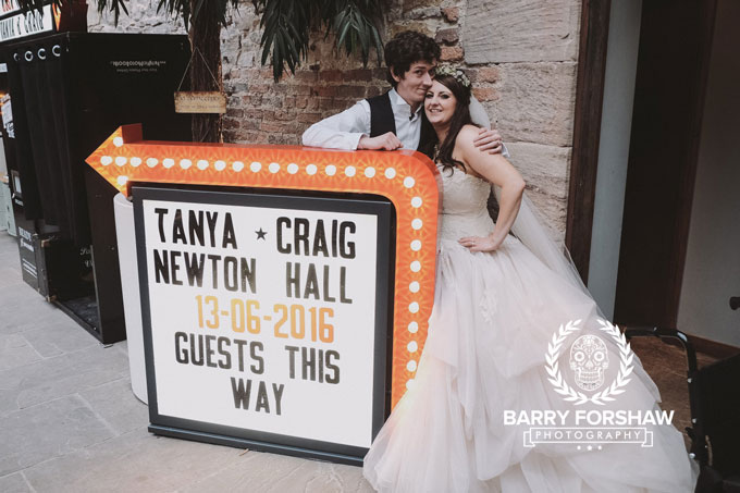 Tanya-&-Craig-Newton-Hall-Northumberland-Barry-Forshaw-0397