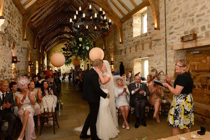 healey-barn-wedding-venue-styling-northumberland-hessian-lace2