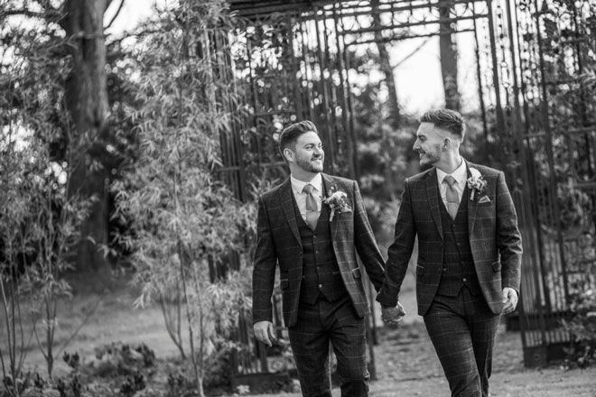 Newton-hall-same-sex-wedding-RGMphoto-flowers-styling-40
