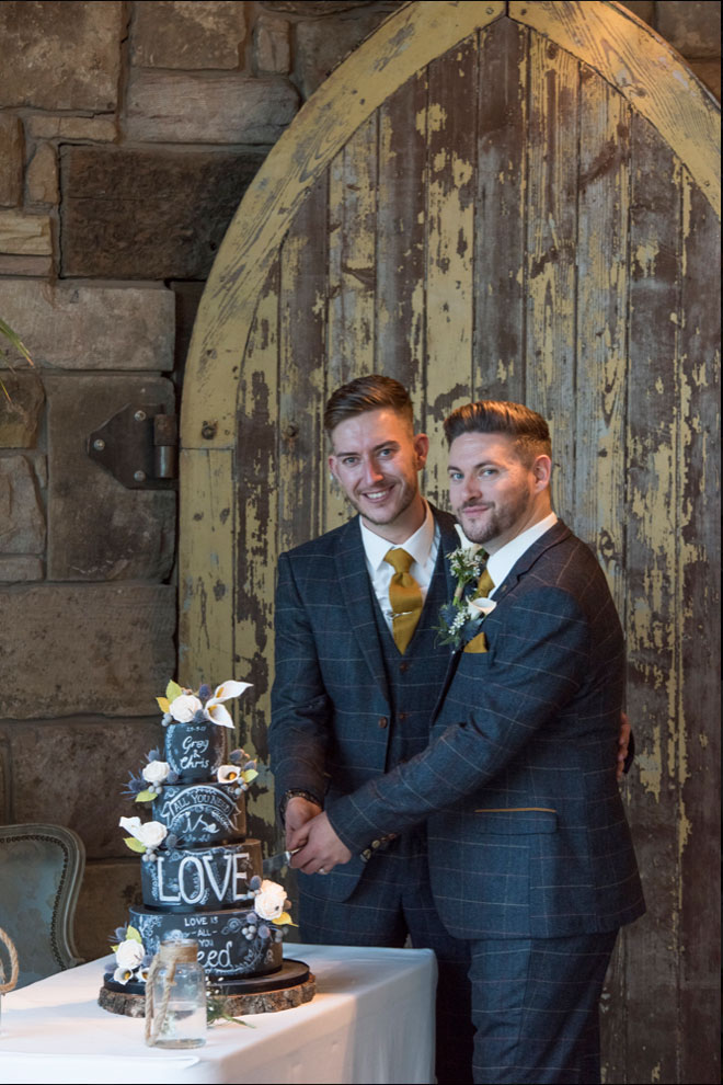 Newton-hall-same-sex-wedding-RGMphoto-flowers-styling-49