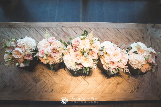 newton-hall-flowers-stylingM&RSocial-1023